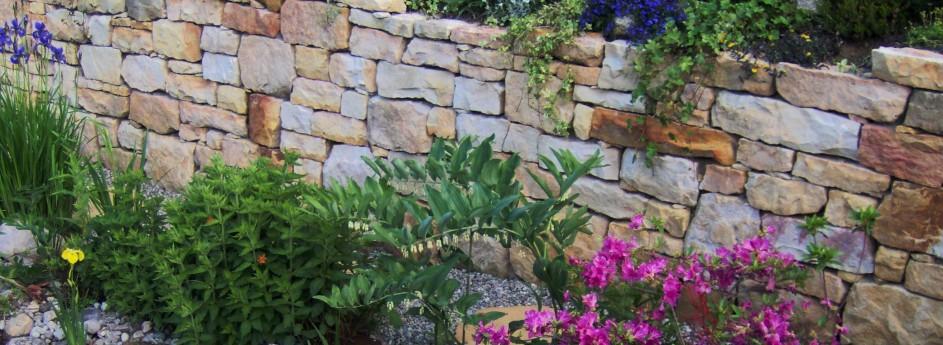 Układanie kamienia, ścieżki i skarpy w ogrodzie