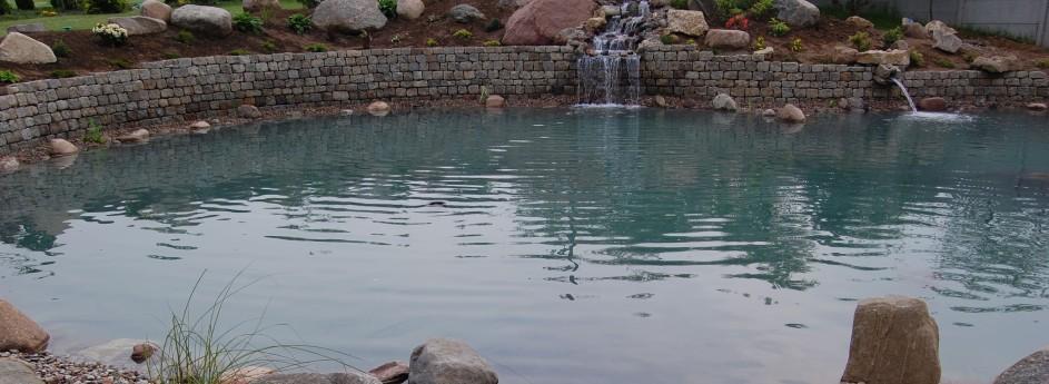 Oczka wodne, fontanny ikaskady